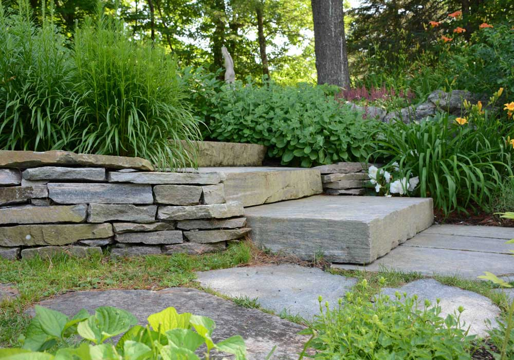 Natural plantings and Muskoka Granite