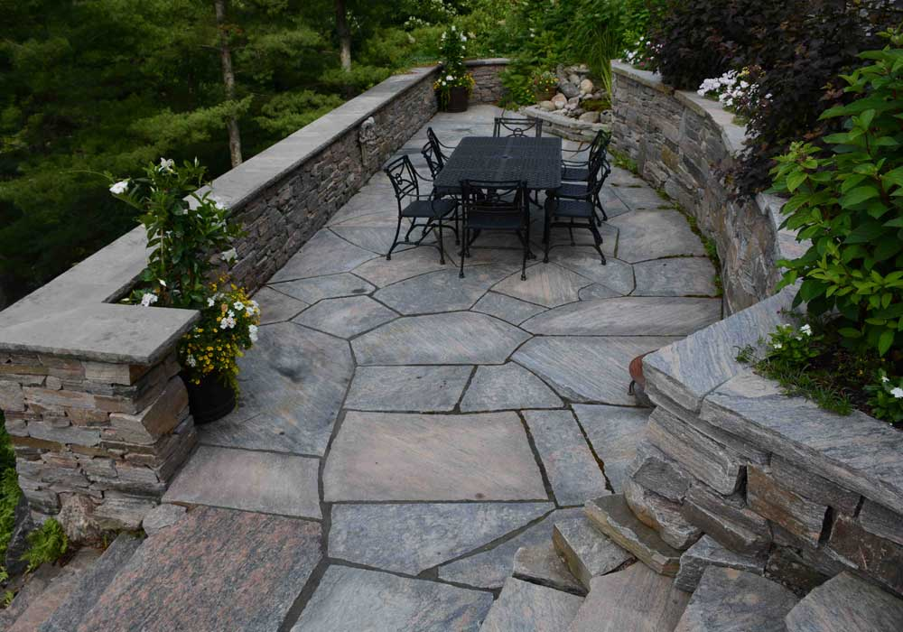 Oversized Flagstone Courtyard