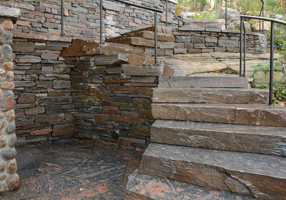 Dry Stack Granite Wall & Staircase