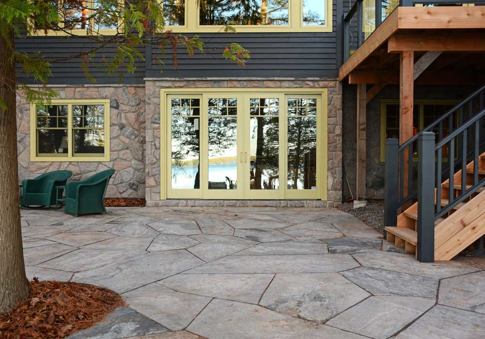 Tight Fit Muskoka Granite Flagstone